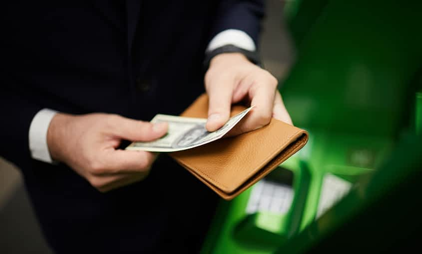 handling-money